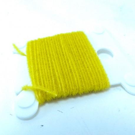 microchenille amarillo